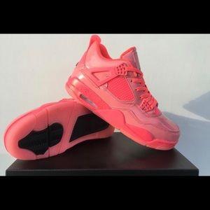 Women pink jordan 4s